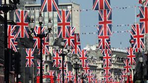 praca-anglia-ulica-flagi